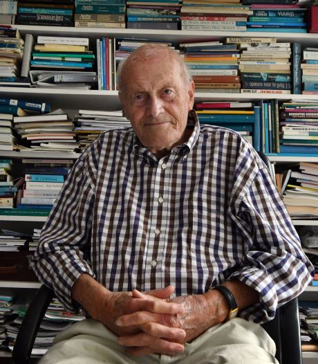 Wolter Lemstra (86), oud-burgemeester Hengelo, heeft zijn eigen biografie: 'Sommigen vinden het ijdelheid, maar ik wil me verantwoorden'