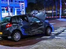 Inzittende gewond geraakt bij ongeluk in Rotterdam