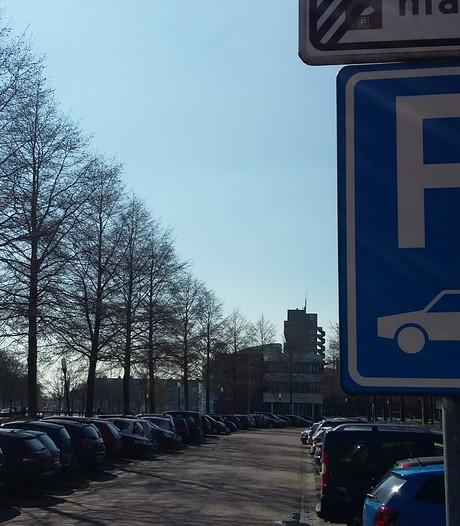 Kampen krijgt logische routes naar gratis parkeerplekken