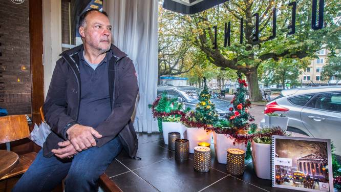 Verkoop kerstbomen op straat plots een week later: 'Waarom nou? Dit is traditie'