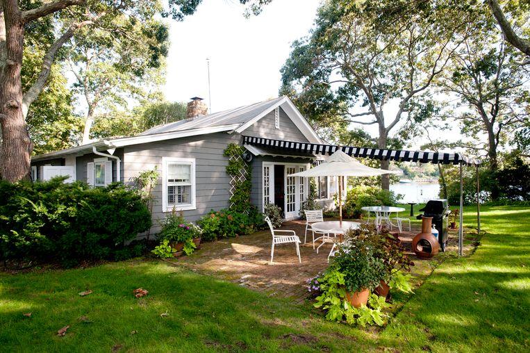 Het zomerhuis van Steinbeck in Sag Harbor bij New York moet zo'n 15 miljoen euro opbrengen... Beeld NYT