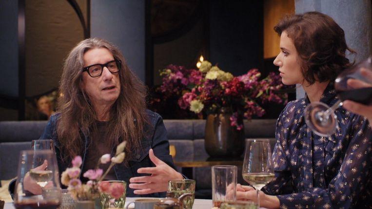 Herman Brusselmans en Lize Feryn in 'Kat zonder grenzen'. Beeld SBS BE