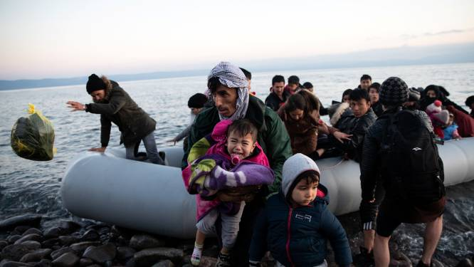Vijf vragen over de duizenden migranten die door Erdogan staan te drummen aan 'poort naar Europa'