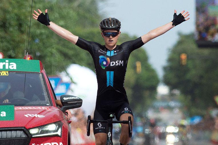 De Australiër Michael Storer van Team Sunweb won dinsdag zijn tweede etappe in de Vuelta.  De tiende etappe ging van  Roquetas de Mar naar Rincon de la Victoria over 189 kilometer. Beeld AFP
