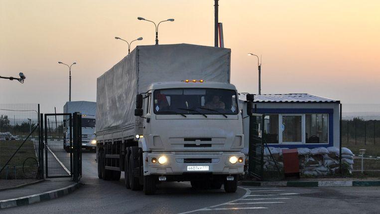 Opnieuw zijn vrachtwagens van een Russisch hulpkonvooi de grens met Oekraïne overgestoken. Oekraïne noemt het een provocatie. Beeld anp