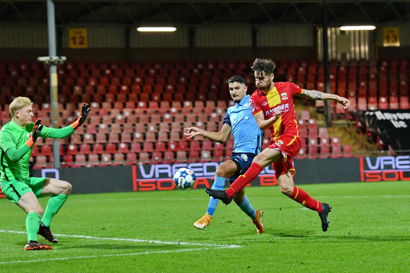 Sam Hendriks scoorde eerder dit seizoen twee keer tegen Jong FC Utrecht.