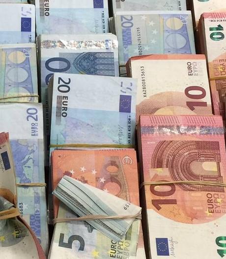 10.000 euro tegen armoede voor Stichting Passion for People uit Boxmeer