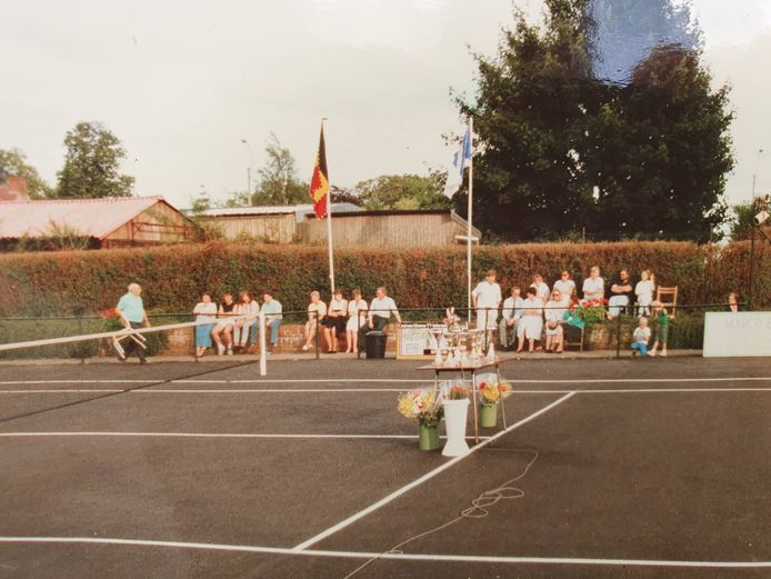 In de jaren tachtig was er een jaarlijks tennistornooi in Lotenhulle.
