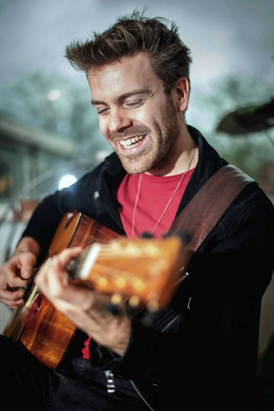 Singer-songwriter Jordi Martin.