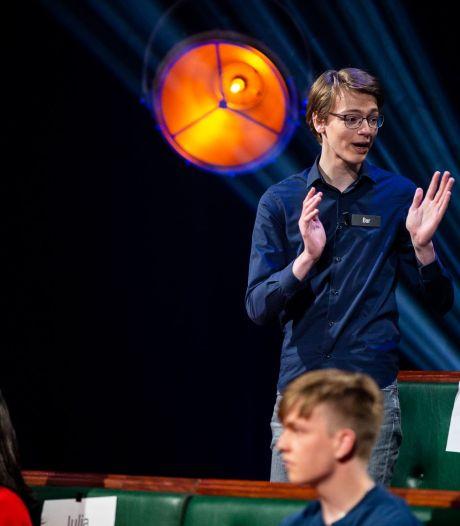 Bor Bennink (17) uit Lemelerveld in finale Op Weg Naar Het Lagerhuis: 'Het is toch voor een groot deel improviseren'