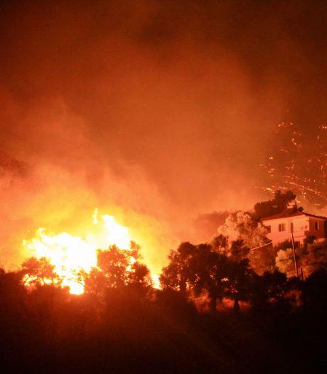 L'UE envoie des avions, hélicoptères et pompiers pour maîtriser les incendies sur le continent