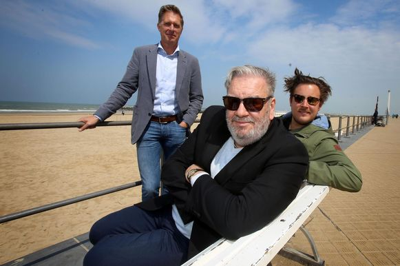 Directeur van het festival Peter Craeymeersch, Wim Opbrouck, de master van dit jaar, en Gilles Coulier, die met zijn film Cargo het festival opent.