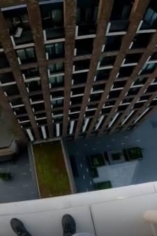 Il escalade un gratte-ciel londonien pour sensibiliser sur le changement climatique