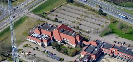 Dode man (36) in hotelkamer in Hengelo, vrouw (27) aangehouden