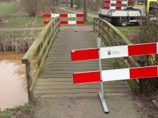 Brug aan de Vogelwikke in Zeeland te gammel voor scootmobielen