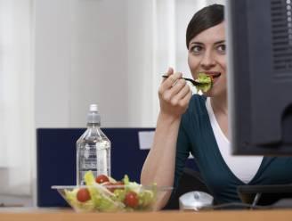 Een late lunch maakt je dik