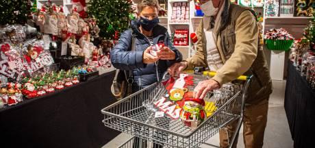 Gouden ballen met panterprint zijn dé trend van 2020 op grote kerstshow