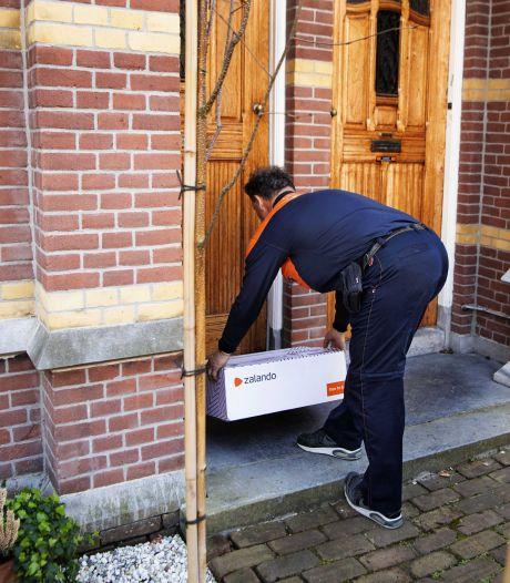 Aantal klachten over pakketbezorgers fors toegenomen in coronajaar 2020