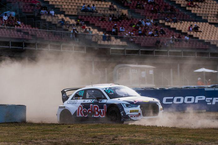 Enzo Ide aan het werk in Barcelona in de opener van het WK rallycross.