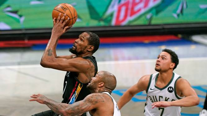 Brooklyn geeft Milwaukee pak rammel, Phoenix verslaat Denver