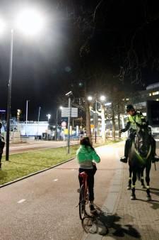 Lenteweer in Utrecht: achtervolgingen en tientallen dronken jongeren die avondklok negeren op de bon