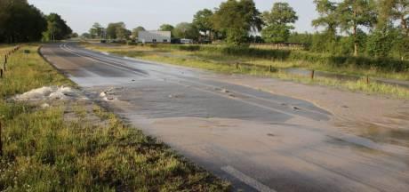 N347 weer open na waterleidingbreuk in Zuna