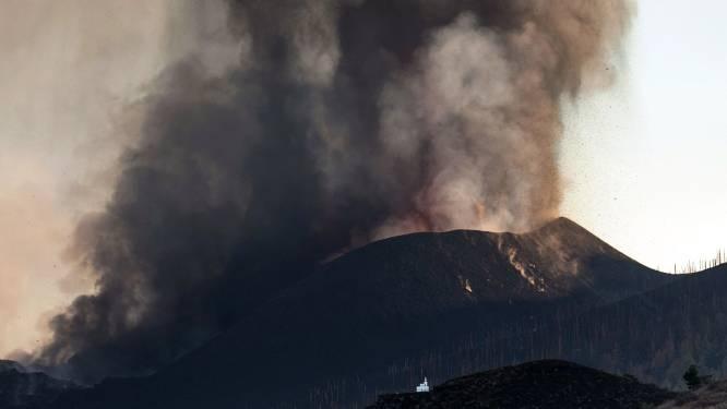 Vulkaanuitbarsting op La Palma verergert: luchthaven gesloten