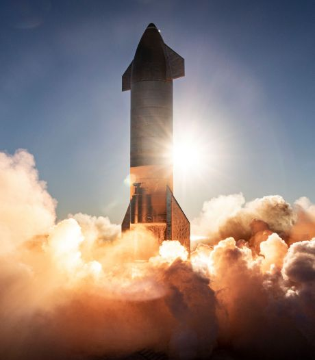 Bemande vluchten naar de maan (en Mars) komen dichterbij na succes met 'Marsraket'