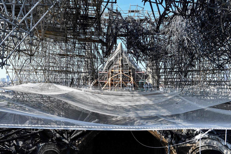 De Notre-Dame werd op 15 april verwoest door een brand. Beeld AFP