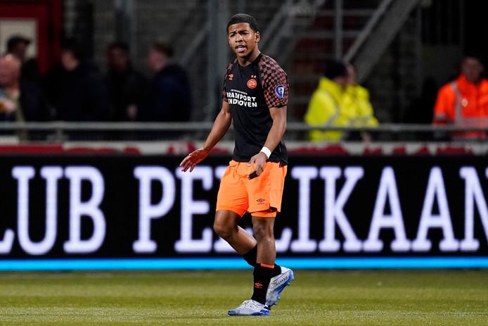 Rechtsback Shurandy Sambo van Jong PSV.