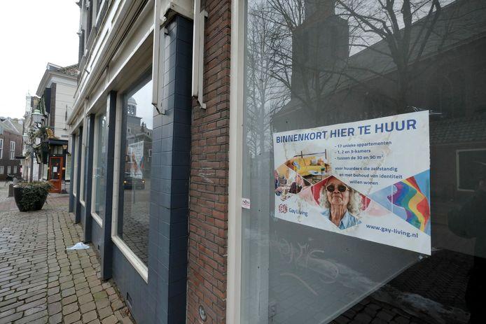 Gay Living wilde een 'roze' appartementencomplex aan de Markt in Vlaardingen realiseren.