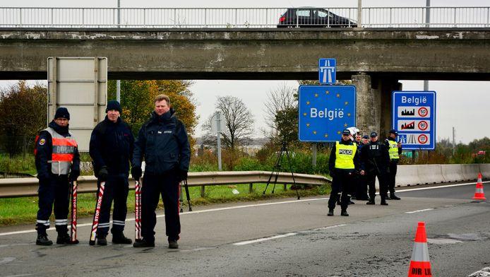 Grenscontroles tussen België en Frankrijk. (archieffoto)