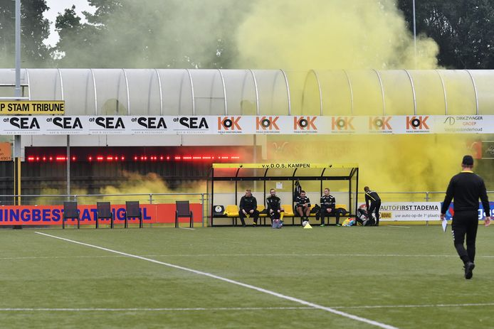 Op de bank van DOS Kampen worden plaatsen vrijgehouden voor Henk de Velde en Marcel Post.