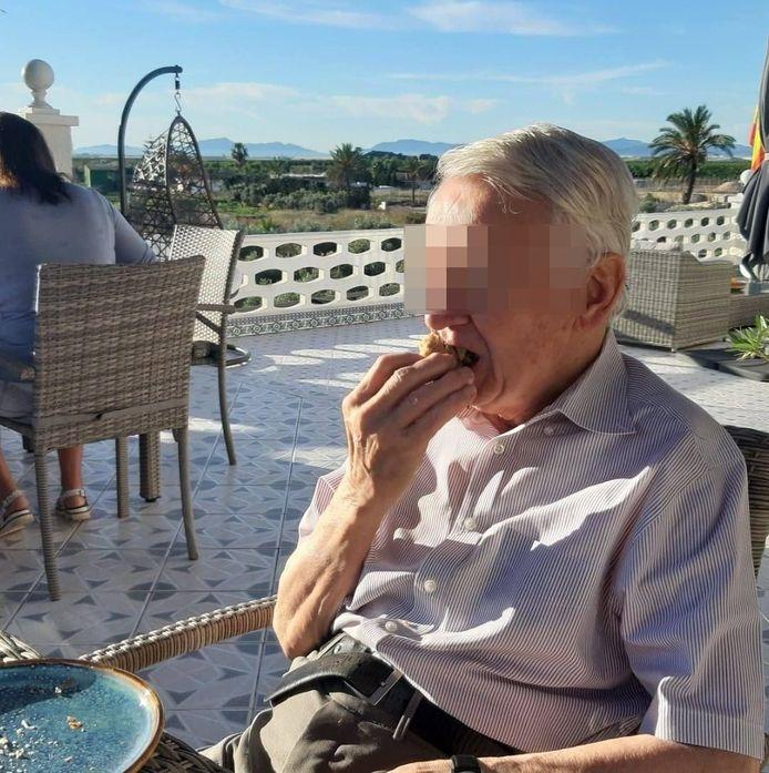 Albert M. werd meegesleurd in de drugshandel van zijn zoon Philip.