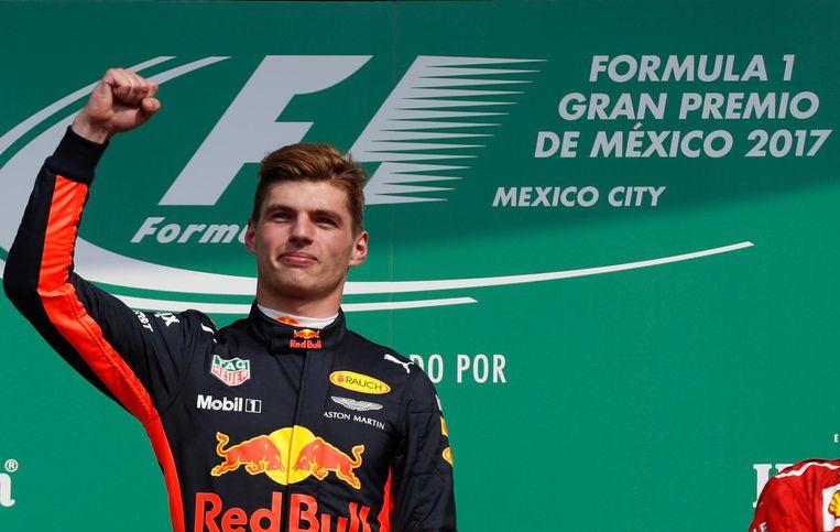 Max Verstappen na de winst van de Grand Prix van Mexico. Beeld ap