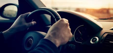 Internetdate in Tilburg loopt uit op autodiefstal, twee verdachten (17) aangehouden