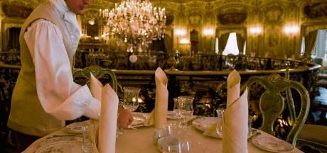 Angst om fortuin te verliezen: schatrijke vrouw (90) maakt 27 miljoen euro over aan oplichters