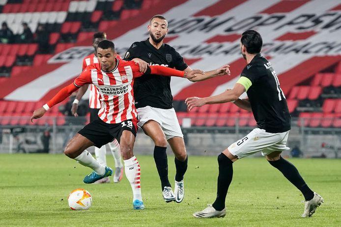 Gakpo was de PAOK-verdedigers gisteren te snel af. Hij was belangrijk met een doelpunt en een assist was hij belangrijk in de comeback.