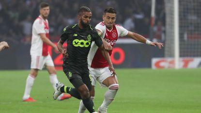 LIVESTREAM. Goal! Goalgetter Huntelaar schiet Ajax op voorsprong, linkerflank Standard alweer niet attent