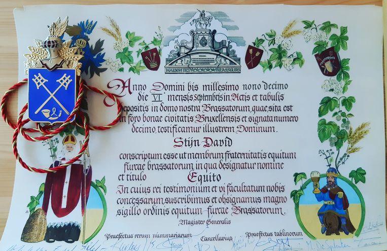 De Latijnse oorkonde die Stijn David kreeg