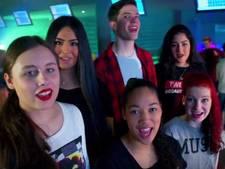 VIDEO: Leerlingen De Leijgraaf nemen lied op