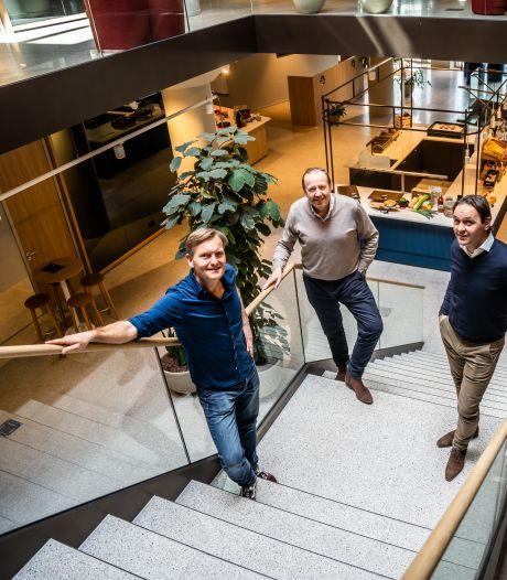 Voormalige V&D in Arnhem omgetoverd in 'luxe hotel zonder bedden'