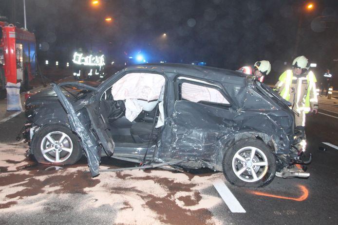De Audi van het slachtoffer was volledig verhakkeld.