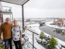 Marja en Thomas kunnen zwaaien naar hun vrienden op de boot: 'Het is perfect'