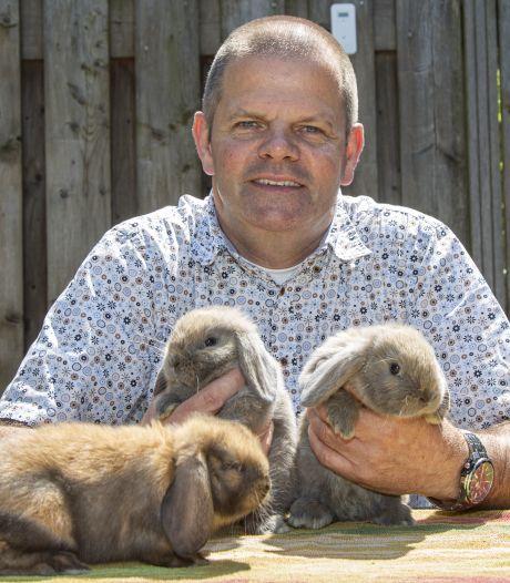 Zorgen in Den Ham over nieuwe dierenwet: 'In één hok? Dan slachten ze elkaar af'