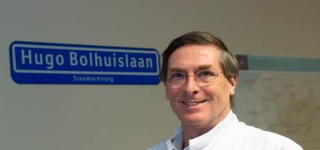Traumachirurg zwaait af na duizenden - soms heel heftige - operaties in ziekenhuis Apeldoorn: 'Ik krijg er nog kippenvel van'