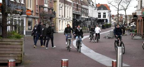 Woerden wil van auto's af in het centrum: op deze plekken wordt parkeren een stukje goedkoper