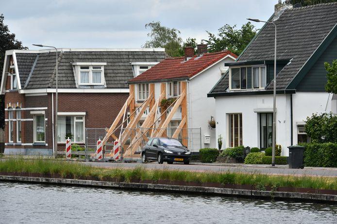 De provincie wil enkele zeer beschadigde woningen opkopen, maar het bod is te laag, meldt de PVV. (foto ter illustratie)