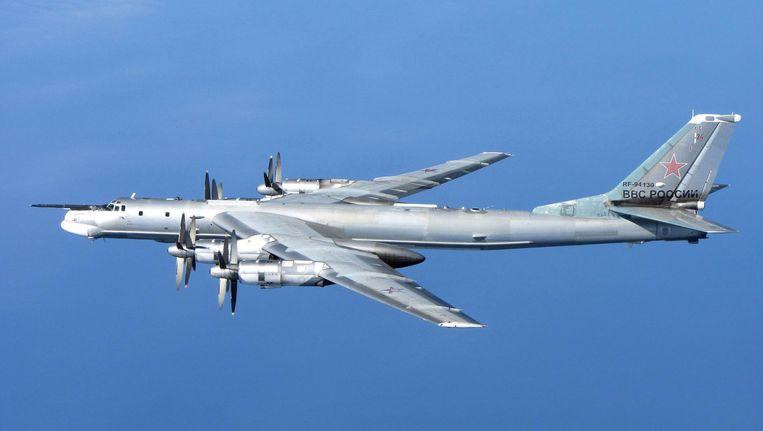 Een Tupolev-95 tijdens een patrouillevlucht. Beeld RAF/Ministry of Defense
