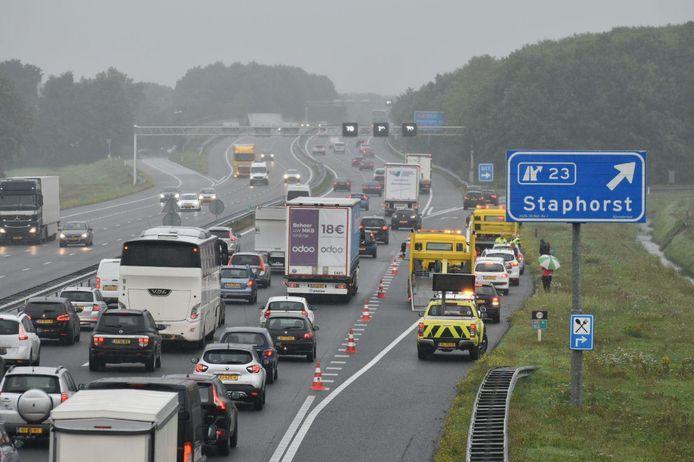 Tegen de avond liep het verkeer tussen Zwolle en Staphorst vast op de A28 na meerdere ongevallen.